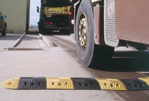 Speed Reduction Ramp (5mph) - Rubber