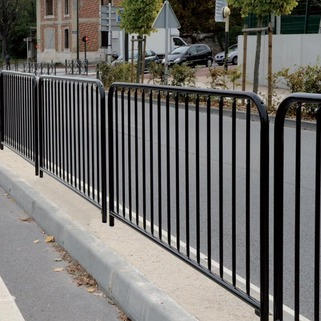 Budget railing for pedestrian safety -Galvanised or Galvanised and painted-Ideal for safety around school, play areas, foothpaths