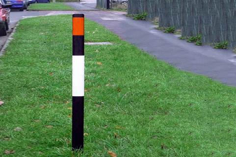 Verge Marker Flexible Posts (Recycled) - Effective at highlighting road edges, bends etc.