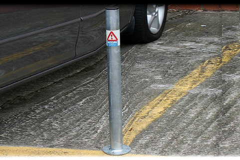 Bollards Round Mild Steel- Galvanised (48 - 90mm DIA) 750mm above ground.